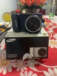 Samsung smart câmera WB250F muito nova