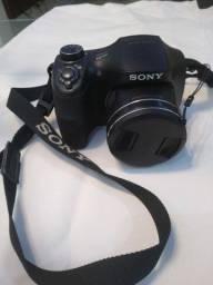 Câmera Sony usada poucas vezes perfeitinha