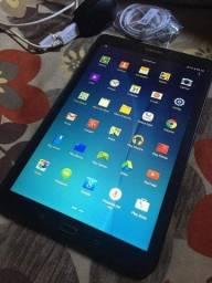 Vendo ou troco por celular do mesmo nível! Tablet Samsung Tab E 16GB. C/ Chip.!