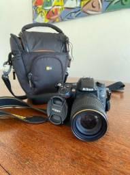 Nikon D7000 + lente 18-150mm + Bag
