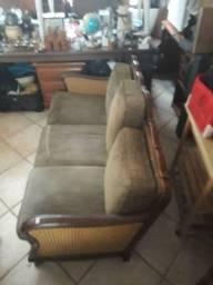 Antigos sofá e par de poltronas