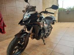 Honda CB 500X 2019 com 5000km