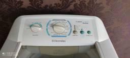 Máquina de lavar Eletrolux 12 kilos Boa e barata pra ir embora hoje