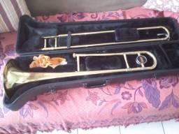 Vende-se trombone júpiter