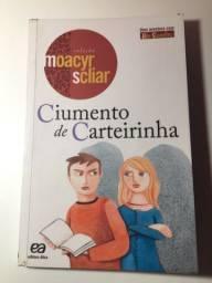Livro Ciumento de Carteirinha: uma aventura com Dom Casmurro de Moacyr Scliar