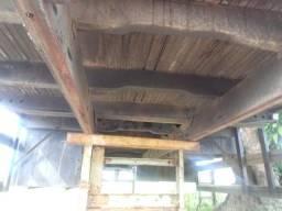 Carroceria de madeira 8,20 M forca alta