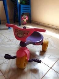 Vendo velocípede novinho