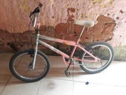 Bicicleta aro 20 princesinha