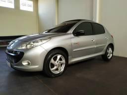 Peugeot 207 1.4 Quicksilver Extra Novo - 2010