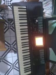 Teclado Yamaha psr 330