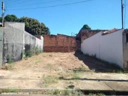 Excelente terreno- Bairro Ana Jacinta 135m2 plaino- aceita financiamento