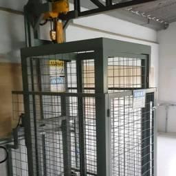 Elevador de Carga 220V Trifásico - 400 KG