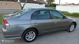 Honda 2006 praticamente novo