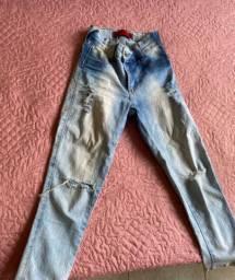 Calça jeans pescador clara rasgada,NOVA