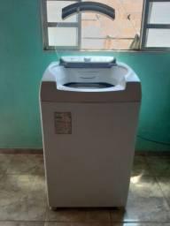 Máquina de lavar roupas 9kg