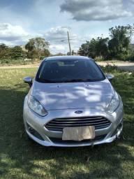 Vendo carro / New Fiesta 2015 automatico