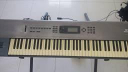 Teclado sintetizador korg n264