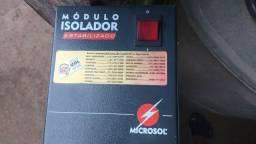 Módulo isolador entrada 220v, saids 115v