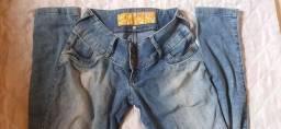 Calça jeans estilo lavada
