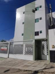 Apartamento de 2 quartos sendo 1 suíte no Indianópolis