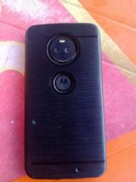 Moto X4 Top