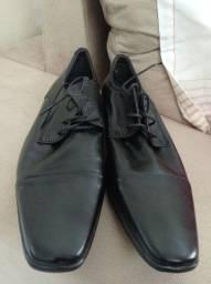 Sapato Sergio's NOVO, nunca usado N°38