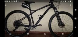 Bicicleta gt avalanche expert 2020 Tam G preto fosco