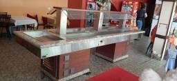 Buffet self service frio e quente e lugar para sobremesa!