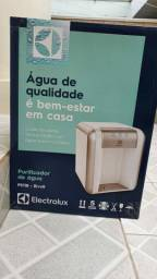 Purificador de Água Electrolux PE11B Bivolt - Branco NOVO