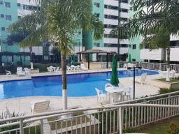 Alugo apartamento de 2 quartos com suíte e varanda no Cittá de Lauro de Freitas