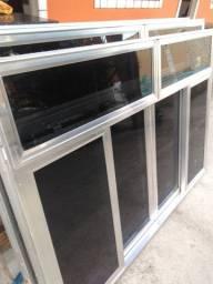 Vendo janela de alumínio ótima qualidade