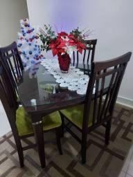 Mesa e 4 Cadeiras Tok&Stok