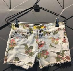 Short jeans florido