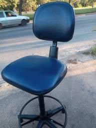Cadeira caixa Alta