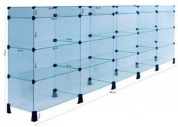 Balcão de vidro com suporte metalon