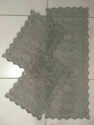 Conjunto de tapete em crochê