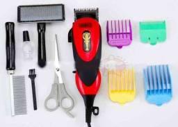 Kit para tosar seu bichinho: máquina, tesoura, pentes etc