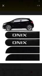 Friso lateral Onix 2012 a 2016