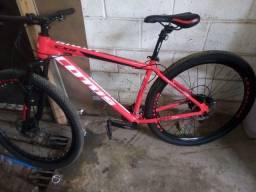 Bicicleta aro 29 semi nova peças da chimano
