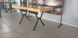 Mesa até 6 lugares disponível