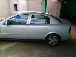Astra sedan Flex 2005 super conservado.