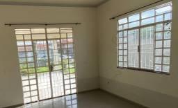 Vende- se janelas de vidro.