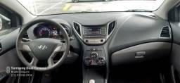 HB20 sedan 1.0 confort.