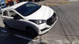 Hyundai hb20 uniqui 1.0 completo único dono baicho km 32.000