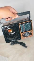 Rádio retrô (AM/FM/pendrive /SD)
