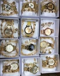 Relógio feminino com linda pulseira