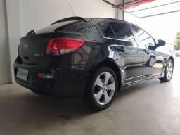 Cruze Hatch 1.8 LT