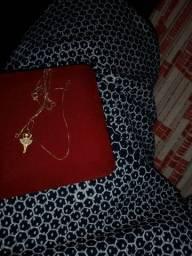 Cordão fino femenino 45cm ouro 18 por 500 reais