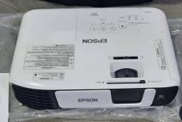 Data-show/Projetor Epson Powerlite S41+