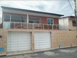 Vendo excelente casa duplex de alto padrão no bairro Monte Castelo